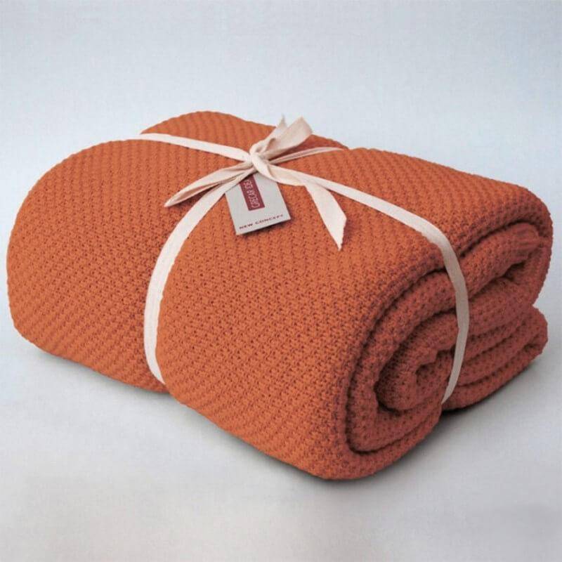 cubre sofá naranja