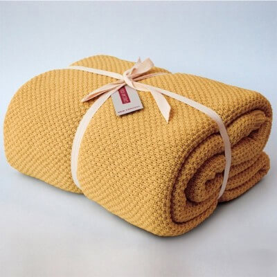 cubre sofà color ocre